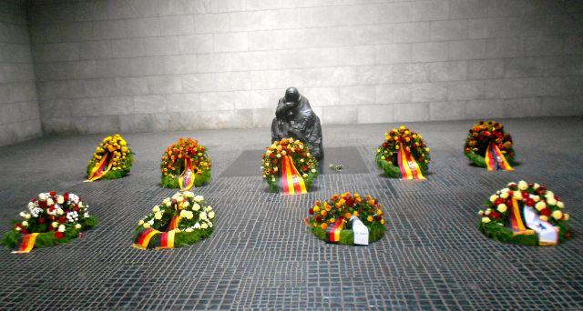 Memorial to Fallen