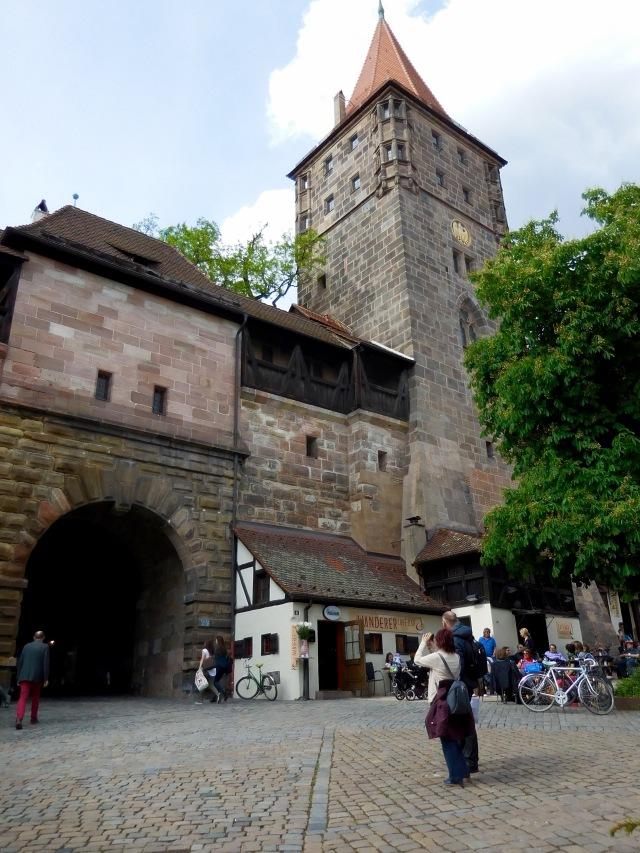 N'berg castle tower