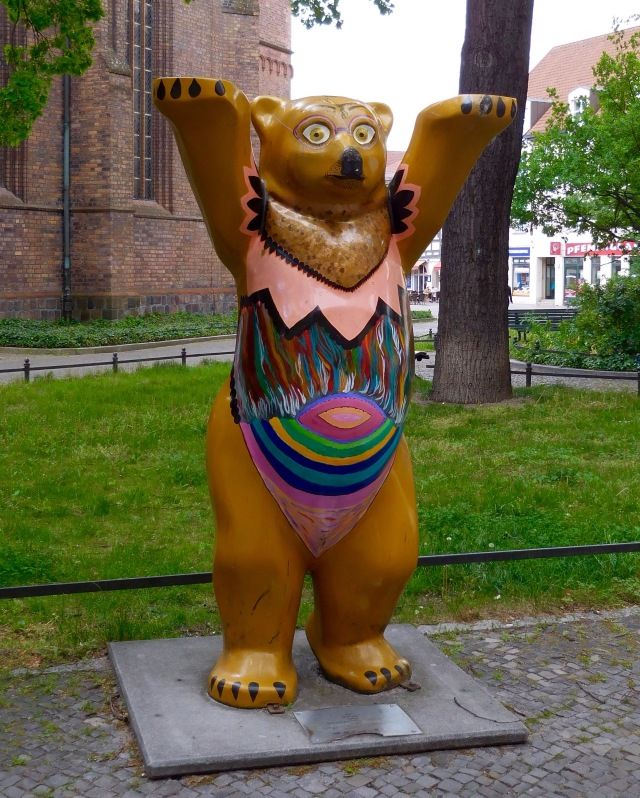 Berlin - bear in tutu
